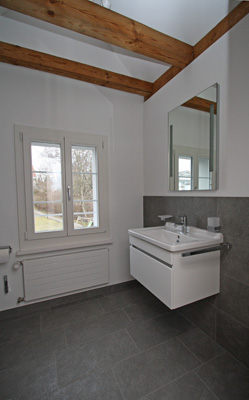 Badmöbel Mehrfamilienhaus, Wallisellen